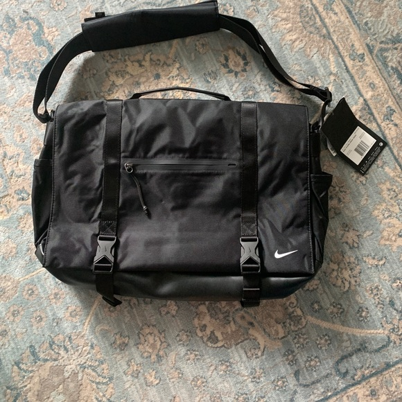 Nike Eugene Elite Nylon and Leather Messenger Bag